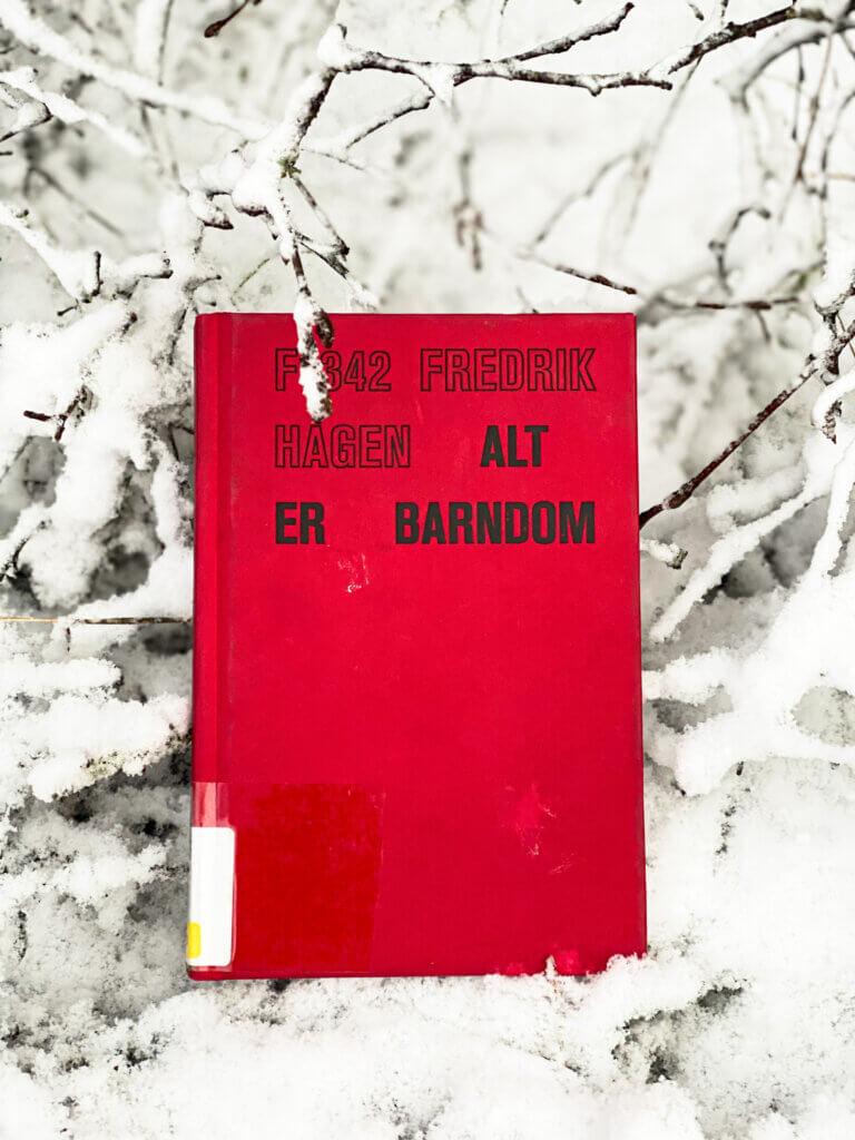 Alt er barndom, Fredrik Hagen, Flamme Forlag